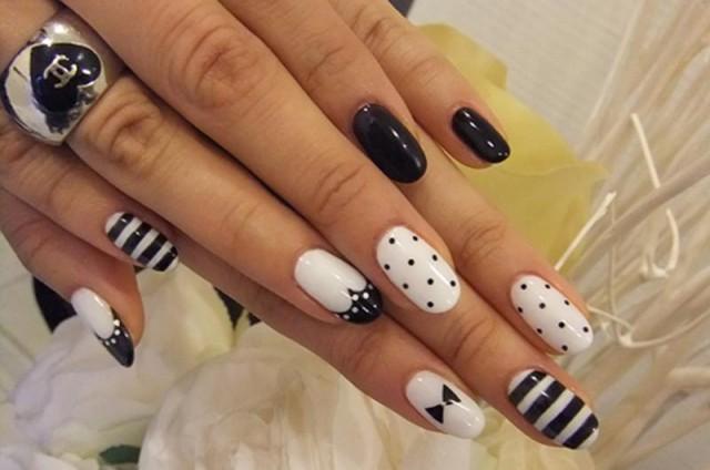 Cute Black And White Nail Designs