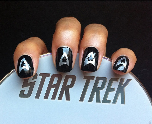 Cool Star Trek Nail Design