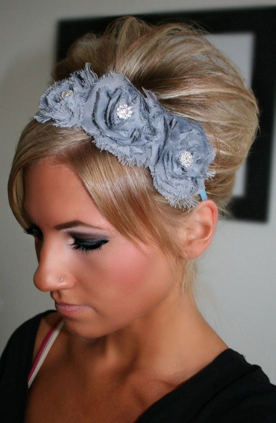 14 Glamorous Hairstyles With Headbands Pretty Designs