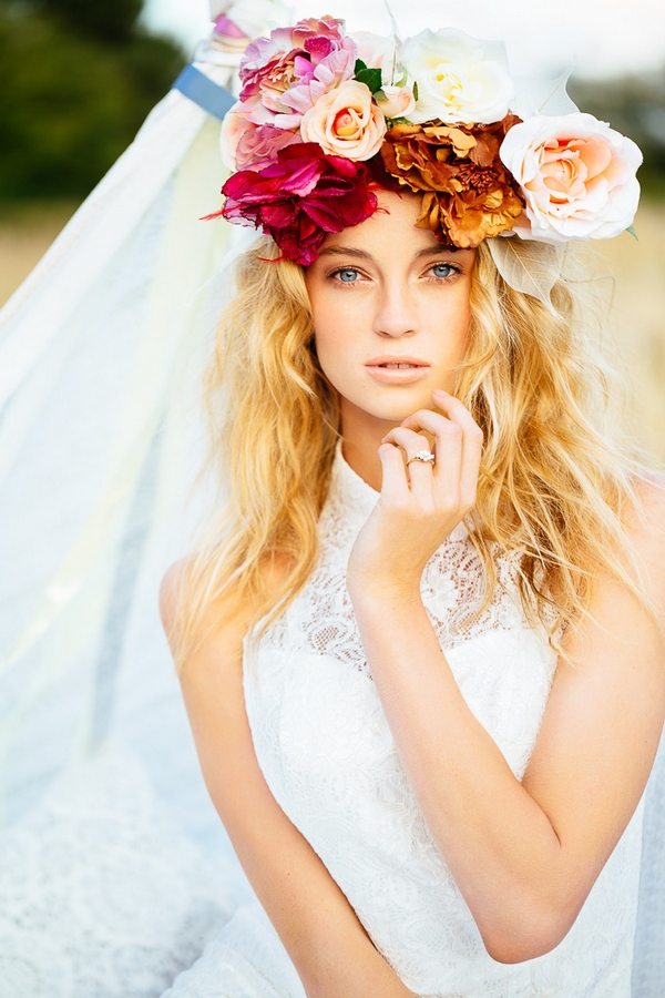 Gorgeous Floral Crown Hairstyle Ideas For Romantic Brides