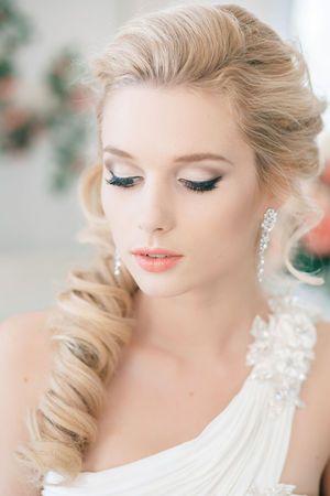 12 one side wedding hairstyles pretty designs