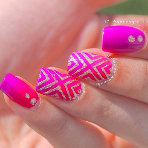 Gradiant Pink Nail Design
