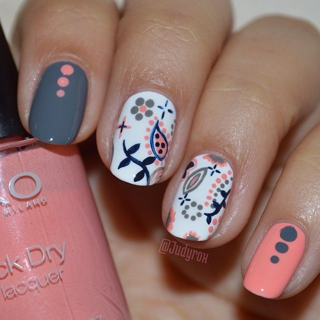 Pretty Painted Nails