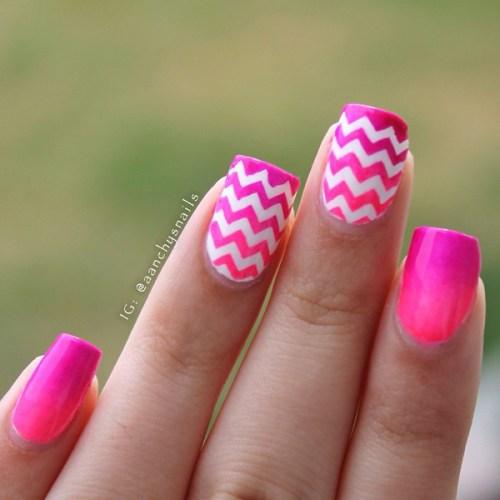 Zigzag Print Pink Nails