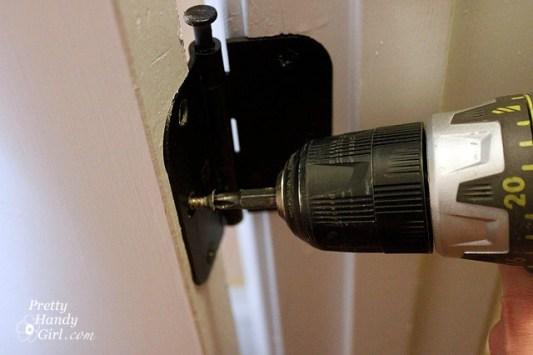 door problem fixing hinges