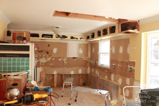 How to Remove a Soffit - Kitchen Renovation Update