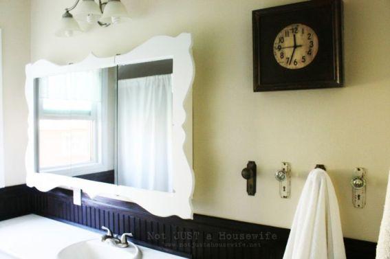 Dressed Up Bathroom Mirror | 30 Amazing DIY Mirrors