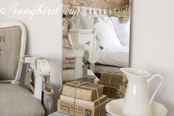 Songbird DIY Vintage Mirror | 30 Amazing DIY Mirrors
