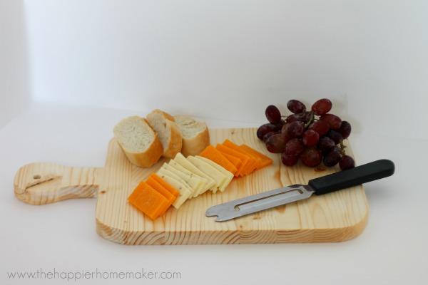 Hostess Gift Ideas - DIY Cutting Board