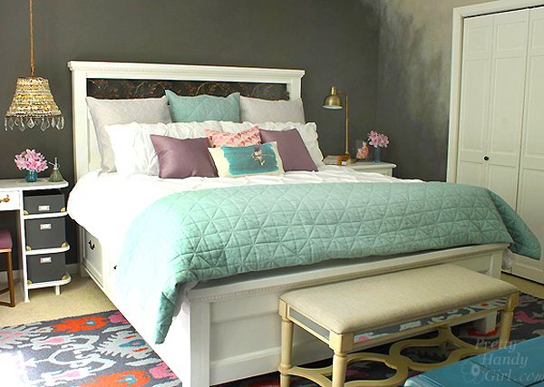 Modified King Size Farmhouse Bed With Storage Drawers Pretty Handy