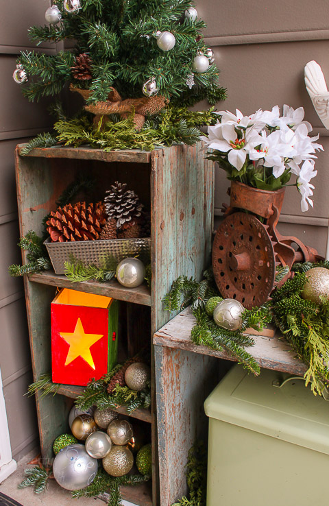 Pretty Handy Girl Holiday Home Tour Mudroom & Foyer