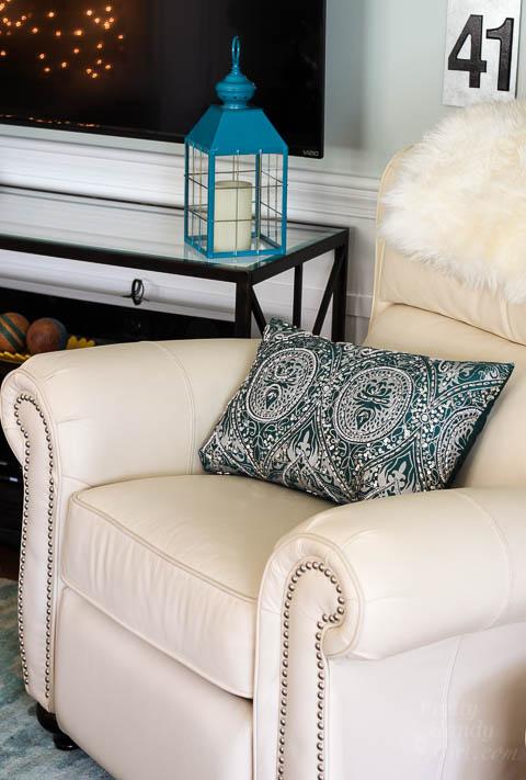 Holiday Home Tour 2015 - Living Room   Pretty Handy Girl