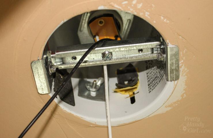 installed-light-fixture-brace
