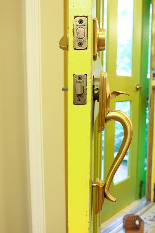 How to Replace Door Knobs   Pretty Handy Girl