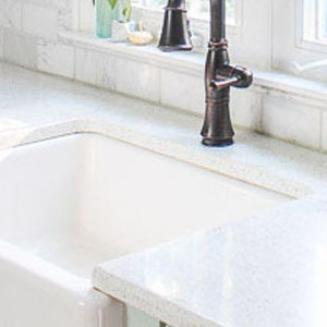 Pretty handy girl a diy blog empowering you to complete your own what no one will tell you about farmhouse sinks solutioingenieria Choice Image