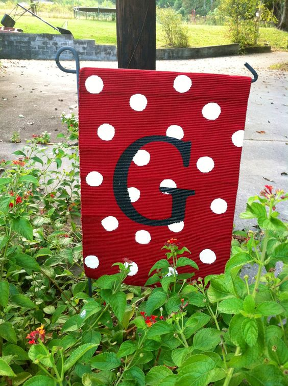Monogram-Garden-Flag