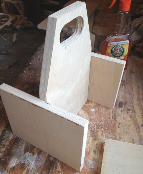 How to make a multiuse caddy