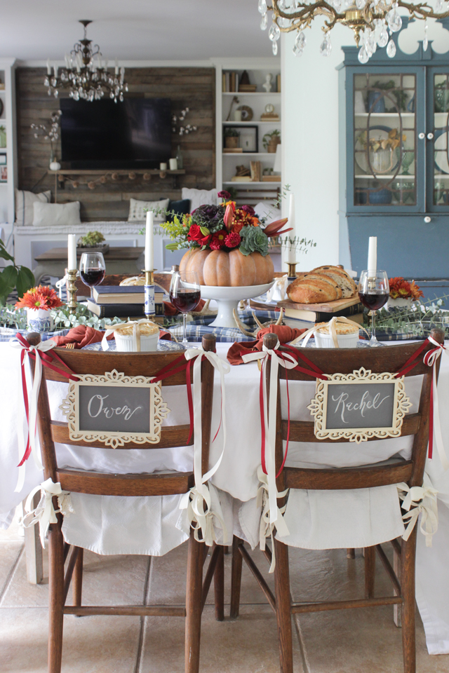Colorful-Thanksgiving-Table-Shades-of-Blue-Interiors