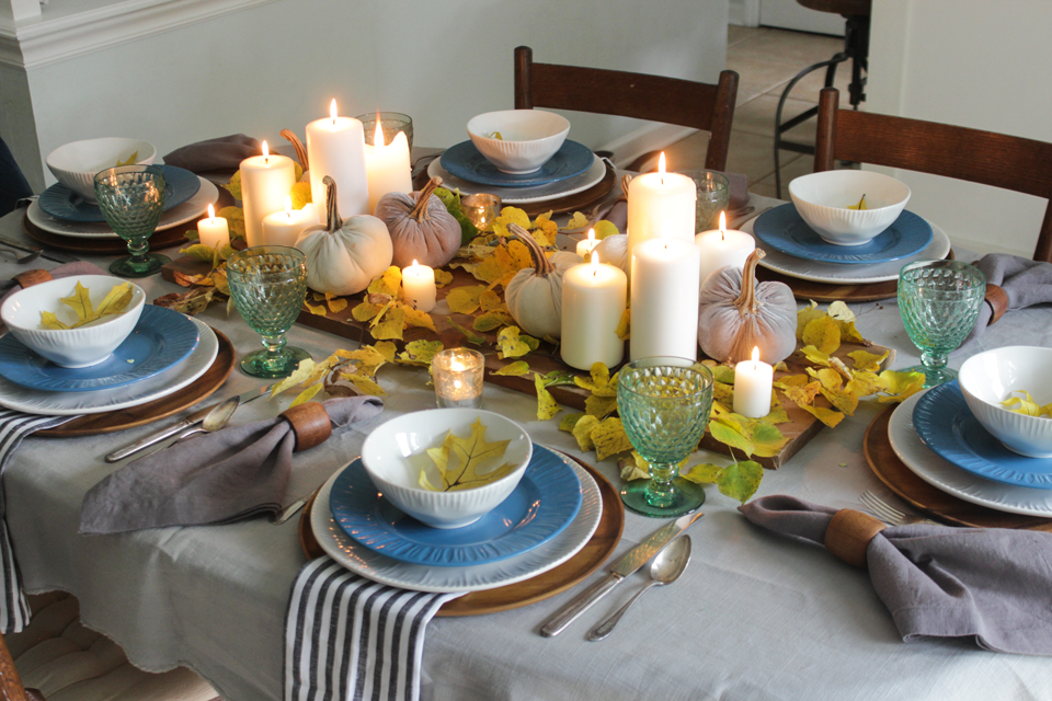 Fall-cozy-tablescape-Shades-of-Blue-Interiors