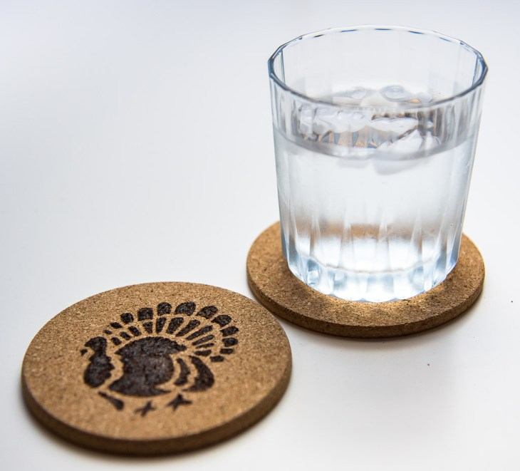 These Thanksgiving coasters will keep your coffee table free of water rings!