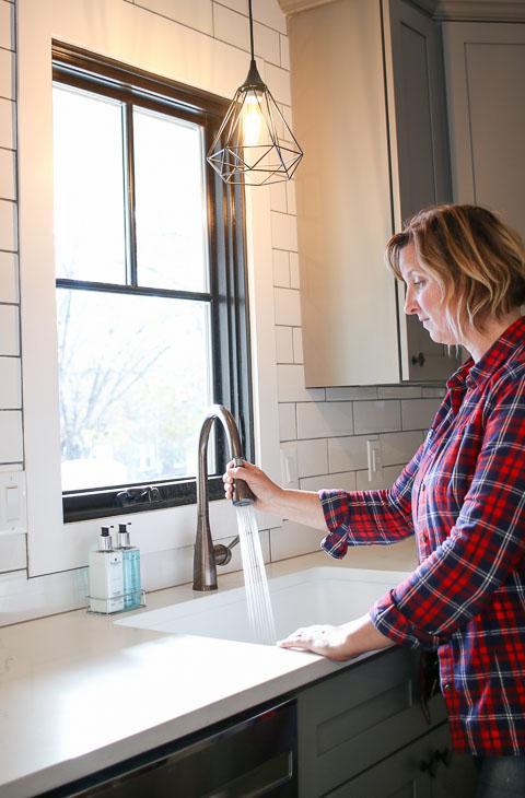 PHG using Mirabelle kitchen sink sprayer