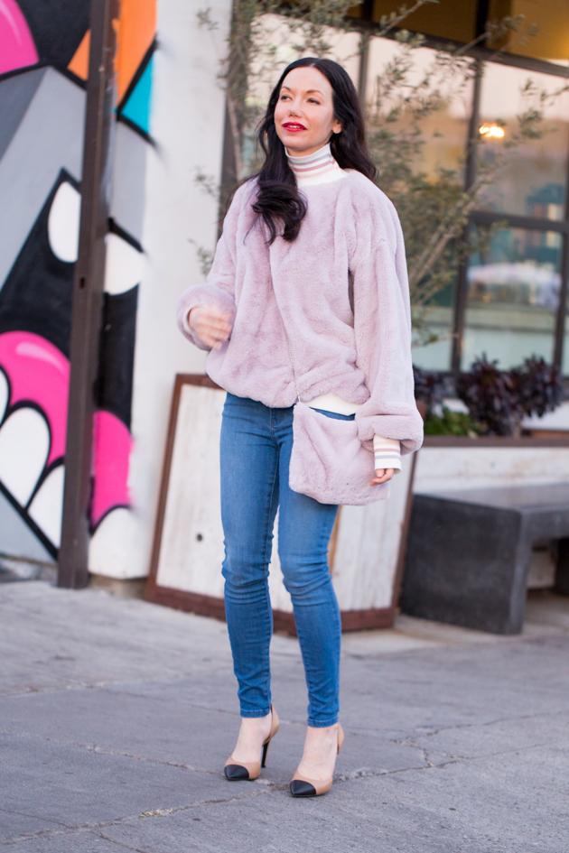 Storets Faux Fur Sweatshirt and Bag