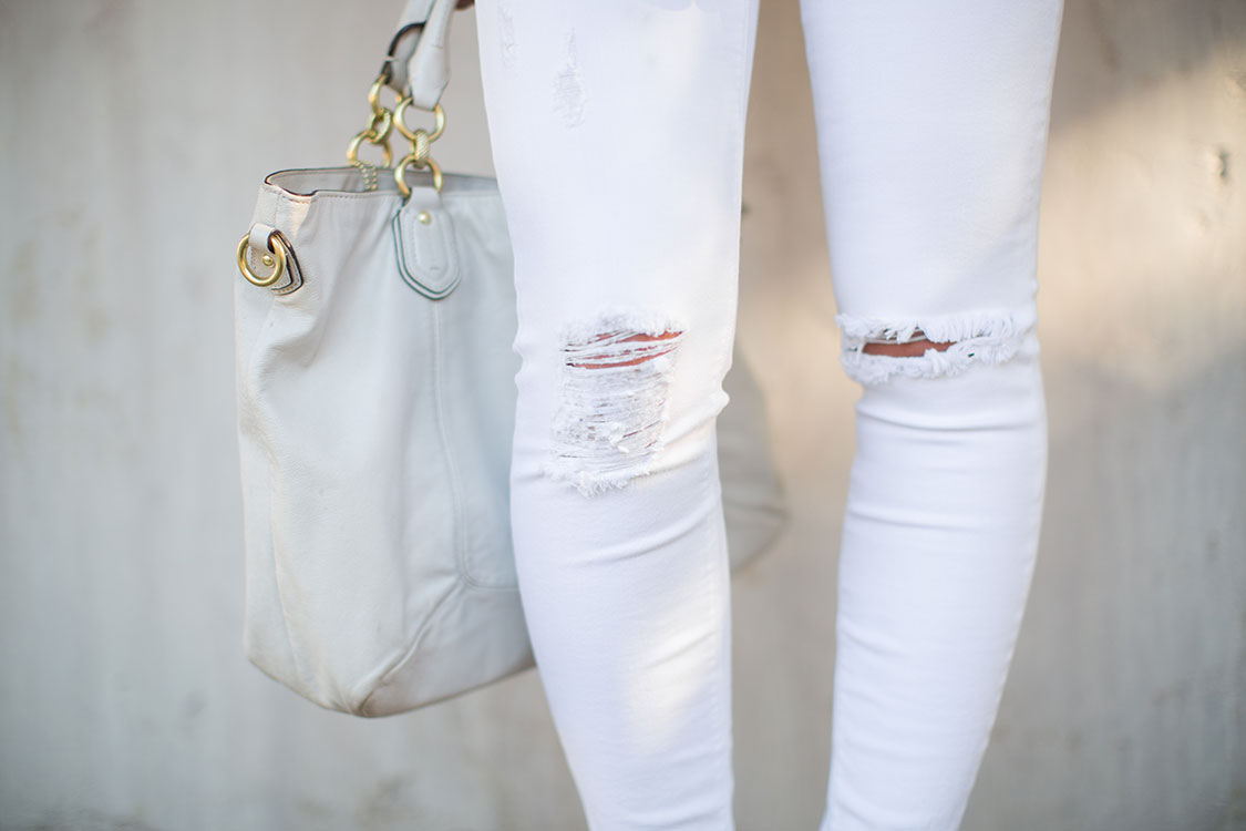 Pretty-Pure-White-Gold-Pants