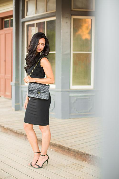 Pretty-Pure-Black-Dress-Chanel6