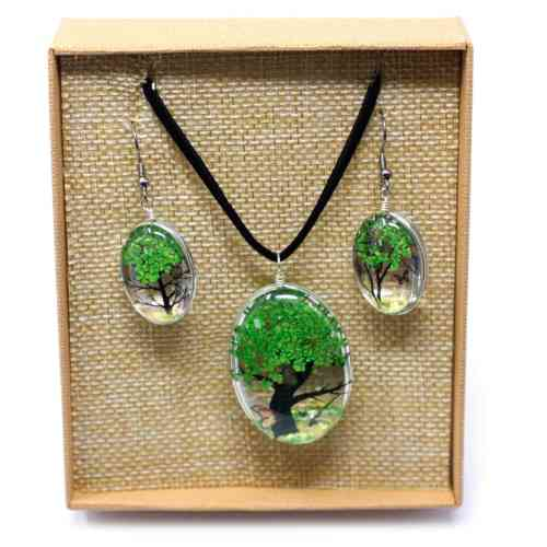 green pressed flower necklace set 1