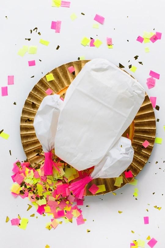 kids thanksgiving party ideas DIY confetti stuffed turkey
