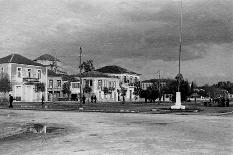 Φωτογραφική έκθεση ιστορικής αναδρομής της πόλης, από σήμερα στη σχολή του Πανεπιστημίου στην Πρέβεζα_5e04ec061011c.jpeg