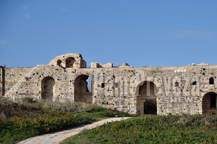 Όμιλος UNESCO Πρέβεζας: Θα θυσιαστεί η Νικόπολη στο βωμό των Ιωαννίνων αλλά και των συμφερόντων που θέλουν να την οικειοποιηθούν;_5e04f685ab48d.jpeg