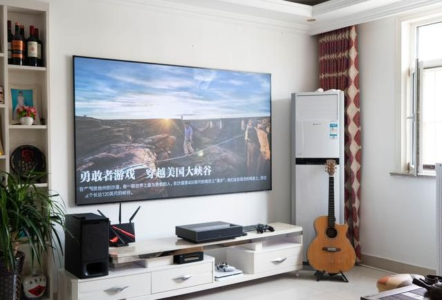Xiaomi Laser Projector 4K Cinema