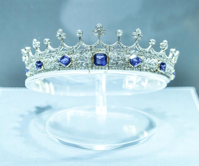 Queen Victoria's sapphire and diamond tiara, circa 1840