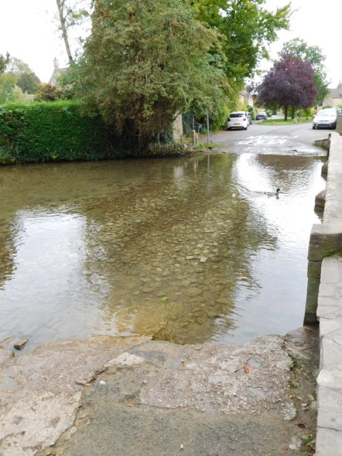 Bourton-on-the-Water_001