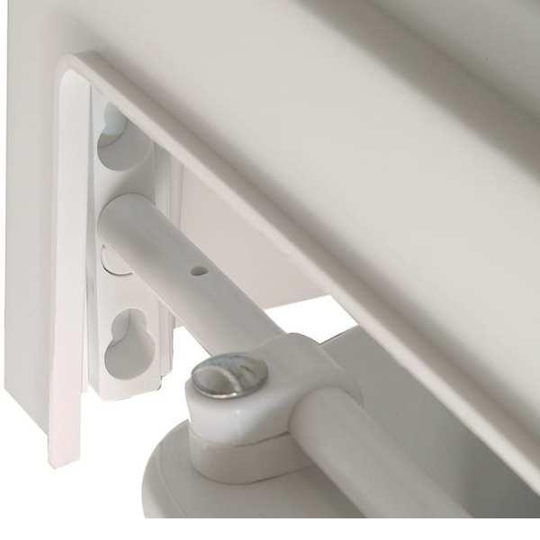 Raised Toilet Seat - Drive Medical - Adjustable locking mechanism