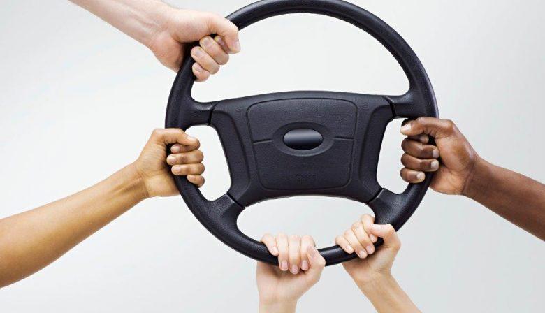 PRiMAN ervaart zelfsturing in auto en ontdekt parallel met werkvloer!
