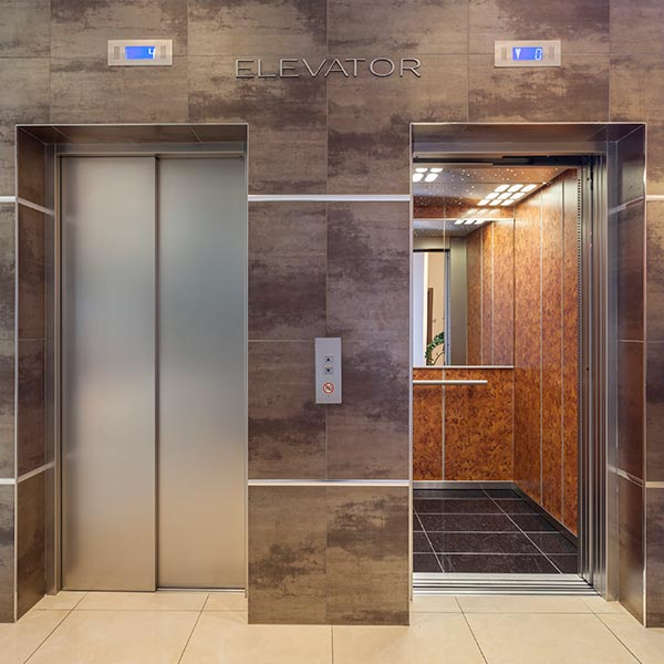 15-featured-elevator