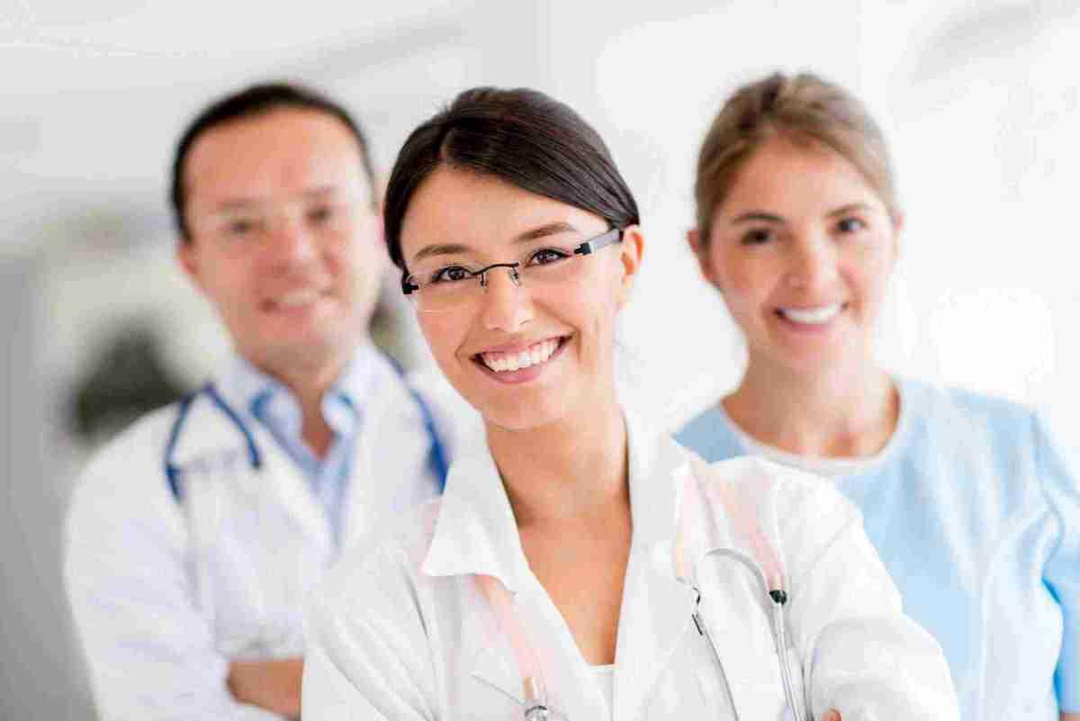 https://i1.wp.com/www.primarycare.gr/wp-content/uploads/2015/12/doctors.jpg?w=1200&ssl=1