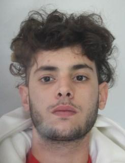 CRONACA CATANIA - Arrestato Michael Porto per spaccionel rione Cibali grazie ai controlli molto intensi della Squadra Antirapine