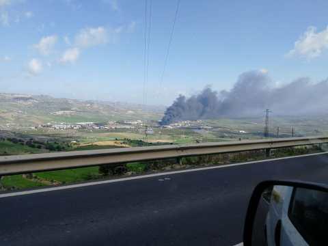 Incendio zona industriale Caltagirone