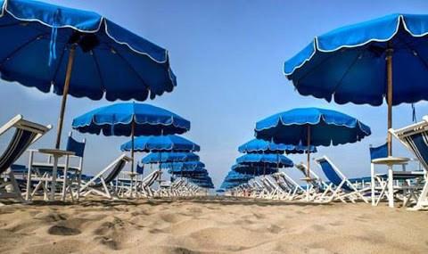 sospesa stagione balneare in Sicilia
