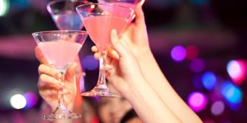 Via libera alle feste private all'aperto e anche al chiuso e non c'è un limite di partecipanti da rispettare.