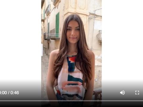 La giovane miss Italia si trova attualmente in Sicilia. Per iscriversi alle selezioni bisogna aspetta che la Sicilia diventi zona gialla.