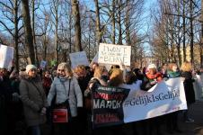 vrouwen demo den haag 035