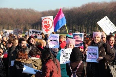 vrouwen demo den haag 044