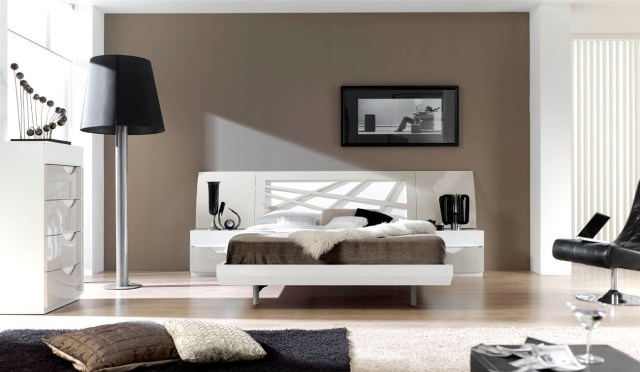 Graceful Lacquered Contemporary Modern Bedroom Sets with ...