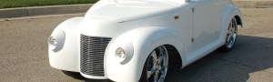 39 Roadster White Golf Cart