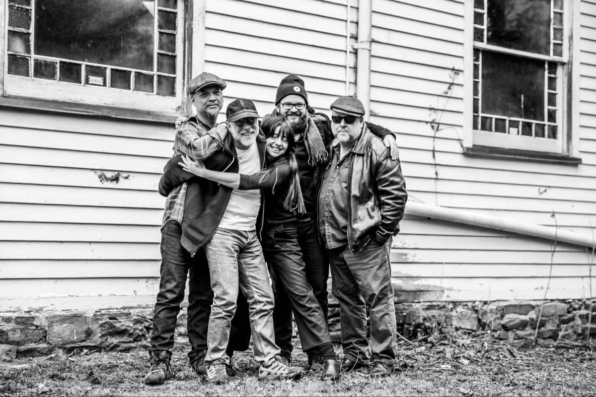 Pixies publicaran nou disc el setembre