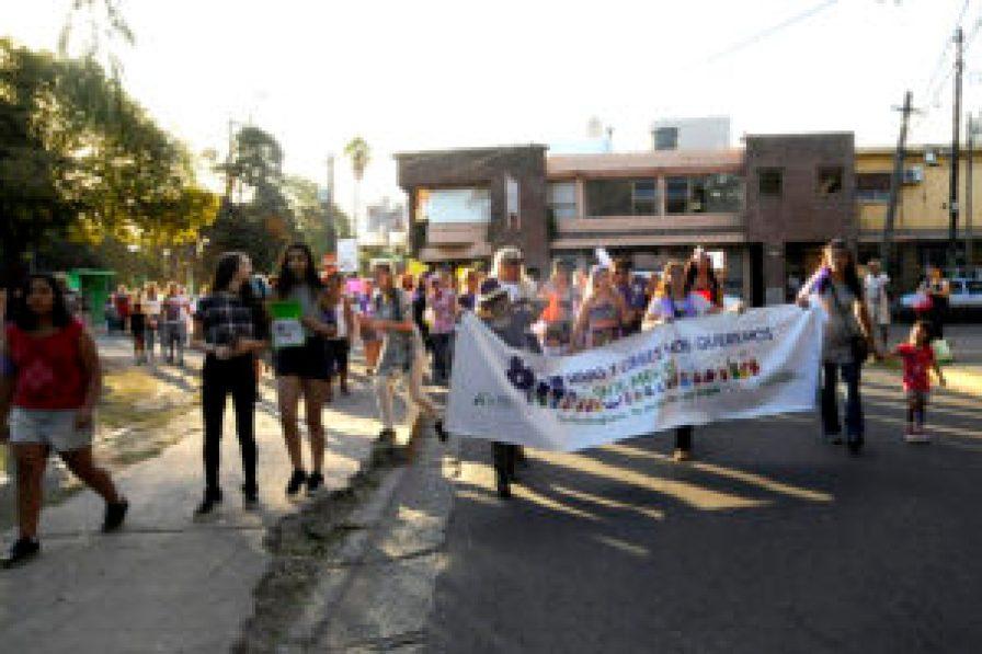 Marcha en Hurlingham por Día de la Mujer